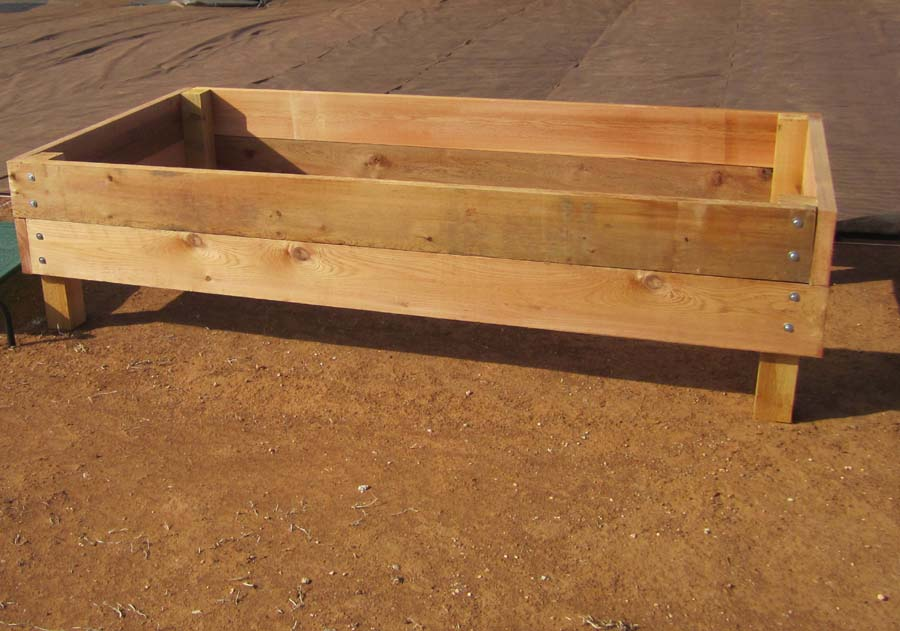 Raised garden bed plans on legs pdf woodworking for Raised bed plans